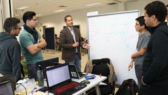 RUMBO A PERUMIN: Convocan a estudiantes y profesionales a Hackatón Minera