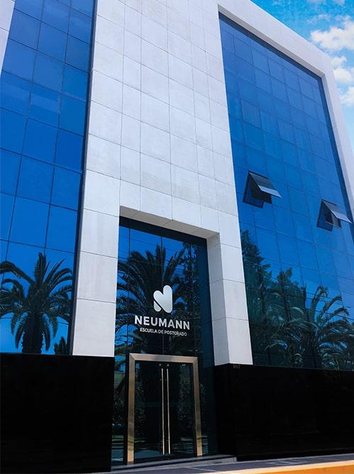 Edificio Escuela de Postgrado Neumann