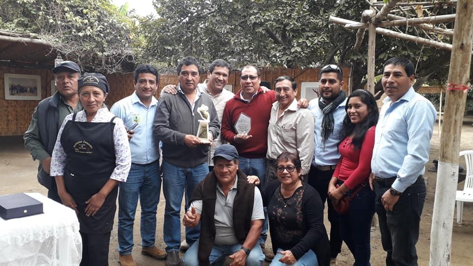 Miembros de la cooperativa Huarmeycoop comparten reconocimiento por su modelo asociativo en agricultura