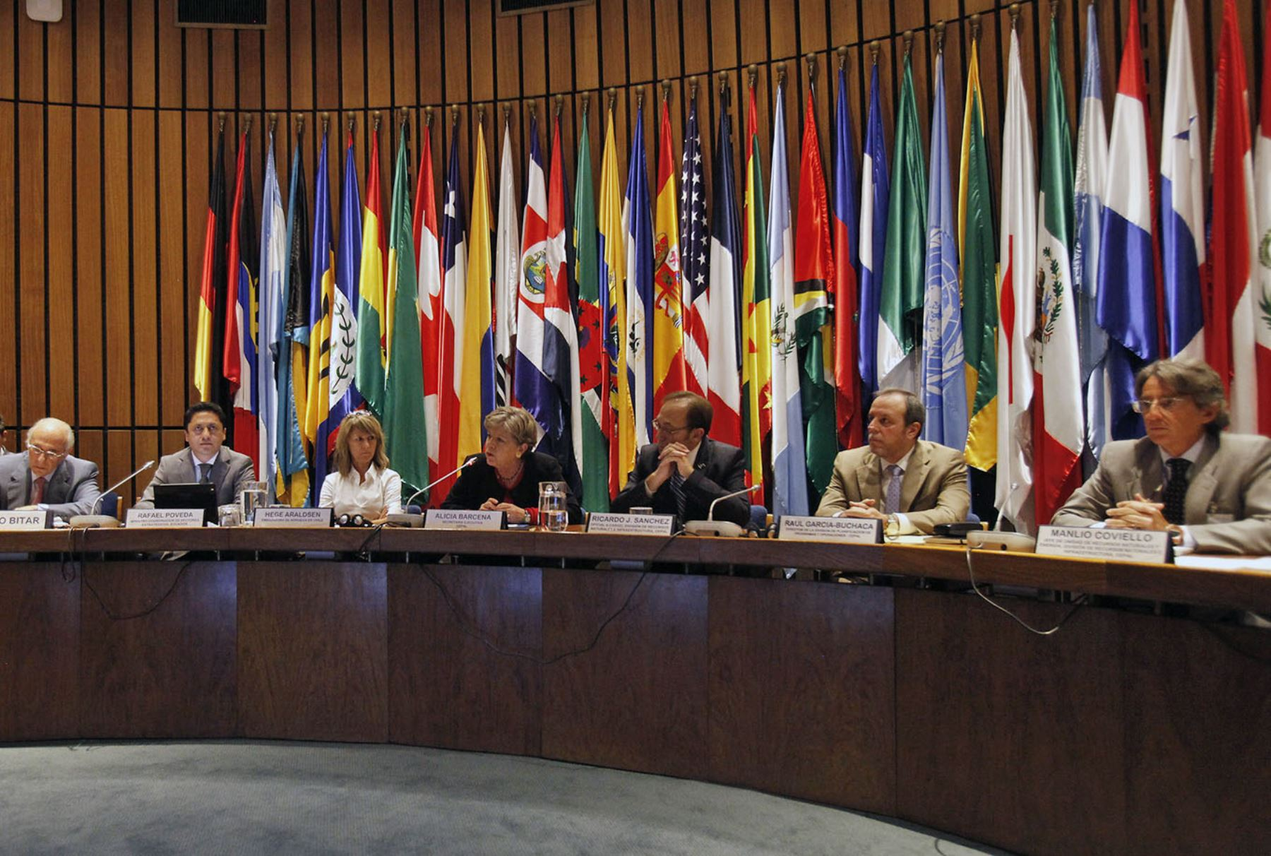 Cepal prevé que economía de América Latina se contraerá 1.8% por coronavirus