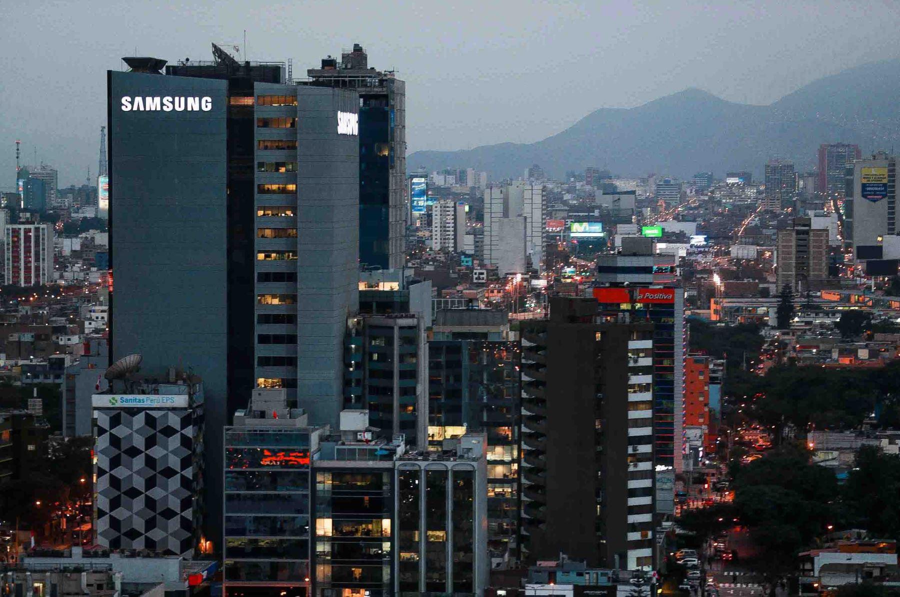 Moody's: Perú tiene espacio fiscal para enfrentar efectos del coronavirus