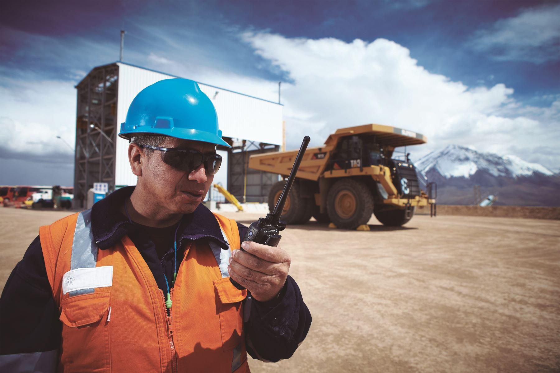 Mineras empiezan a desmovilizar sus trabajadores para prevenir el coronavirus