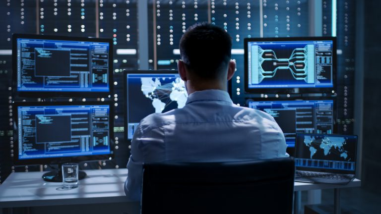 Cómo monitorizar y controlar el tráfico de las redes empresariales